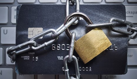 Credit card padlocked up