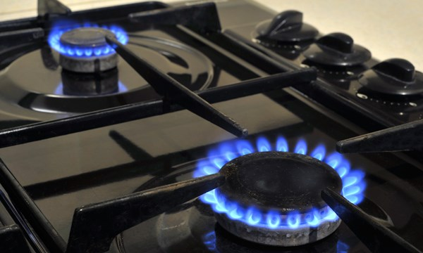 'Tackle fuel poverty to prevent winter COVID-19 deaths,' PM is urged